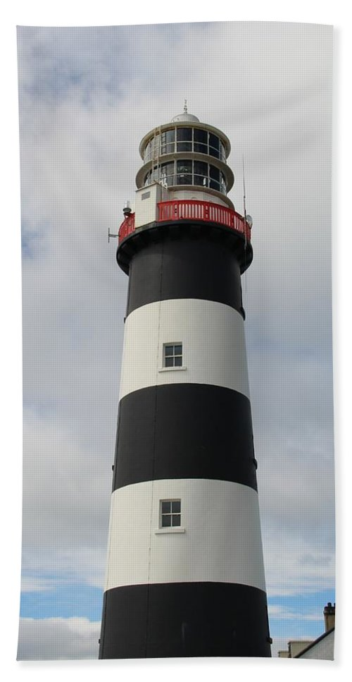 Outdoor Bath Sheet featuring the photograph Old Head Lighthouse by Darren Leeming