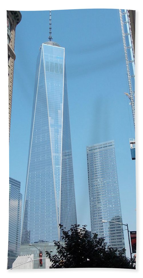 One Hand Towel featuring the photograph One World Trade Center 4 by Nina Kindred