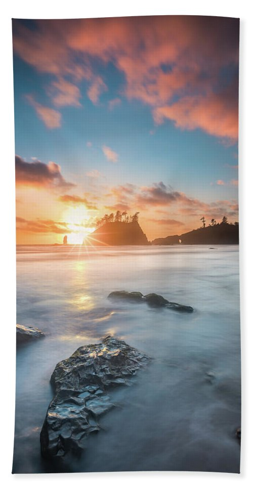 America Hand Towel featuring the photograph Pacific Sunset At Olympic National Park by William Freebilly photography