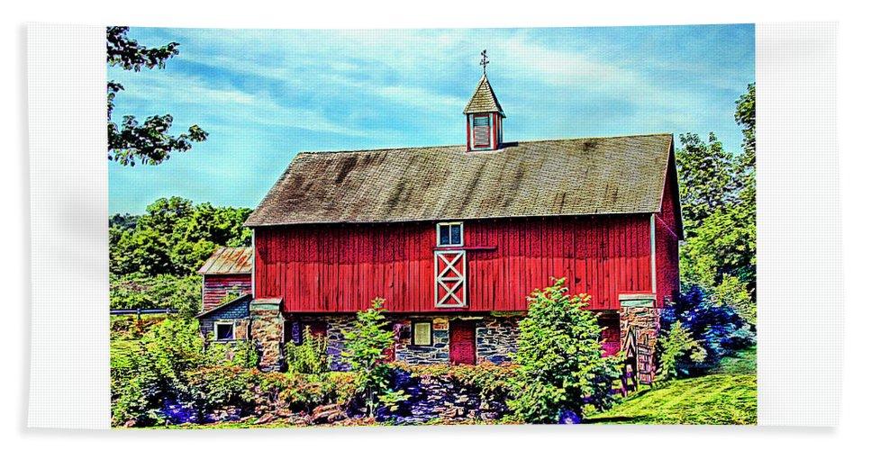 Pennsylvania Bath Towel featuring the photograph Pennsylvania Barn by Margie Wildblood