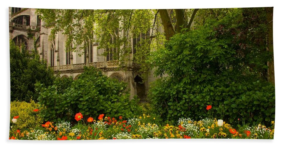 Landscape Bath Sheet featuring the photograph Rouen Abbey Garden by Lenore Holt-Darcy