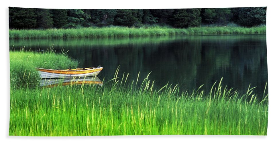 Cape Cod Bath Sheet featuring the photograph Rowboat by John Greim