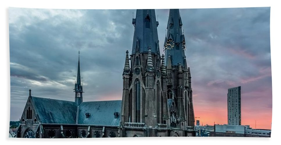Catherinaplein Bath Sheet featuring the photograph Saint Catherina Church In Eindhoven by Semmick Photo