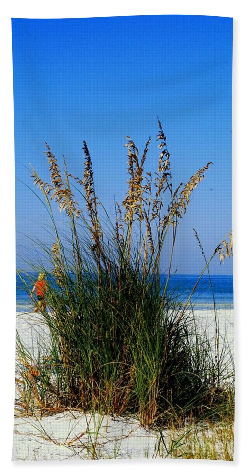 Sea Oats Bath Sheet featuring the photograph Sea Oats by Gary Wonning