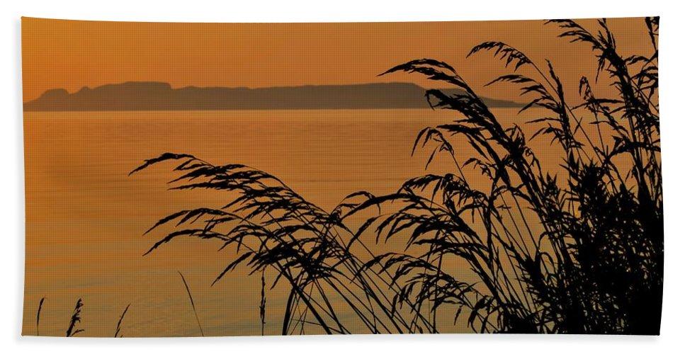 Sleeping Giant Bath Sheet featuring the photograph Sleeping Giant Sunrise by Tim Beebe