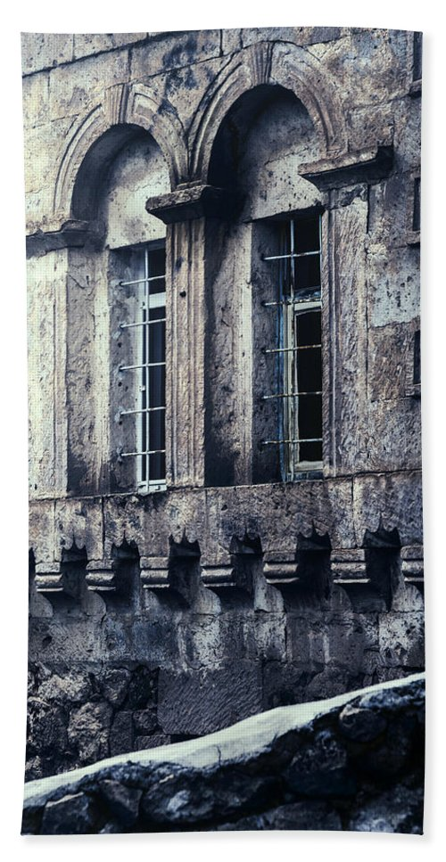House Hand Towel featuring the photograph Spooky House by Joana Kruse