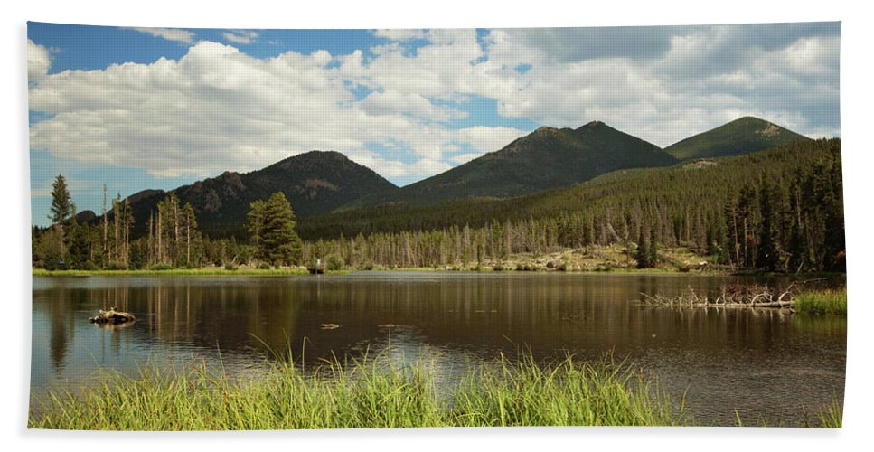 Landscape Hand Towel featuring the photograph Sprague Lake by Sue Collura