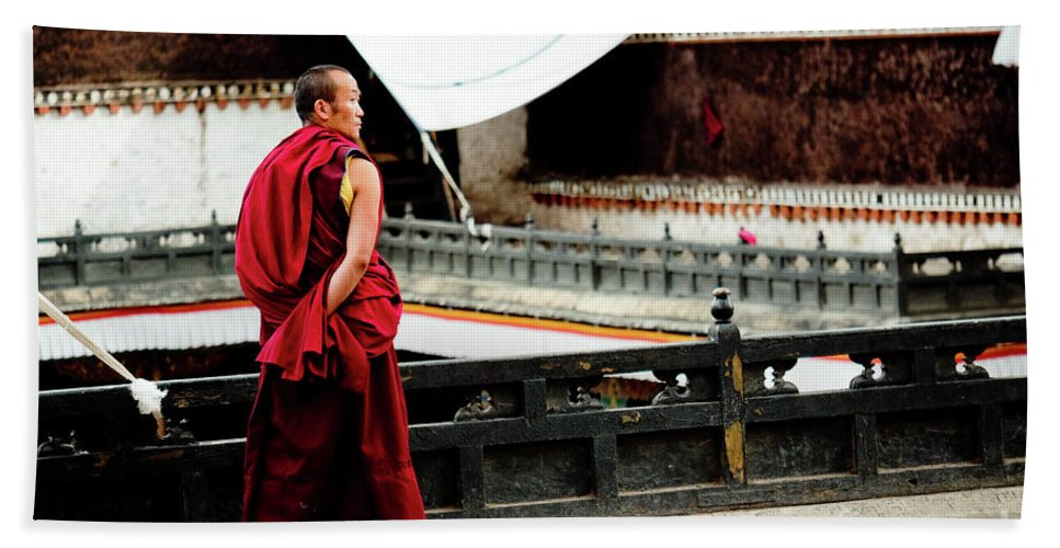 Tibet Bath Towel featuring the photograph Tashilhunpo Monastery Shigatse Tibet Yantra.lv by Raimond Klavins