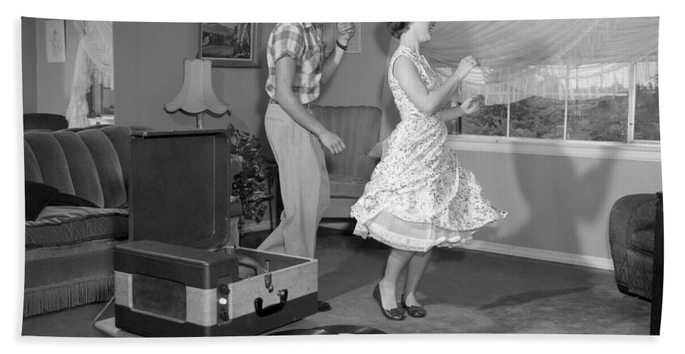 33 Rpm Bath Sheet featuring the photograph Teen Couple Dancing At Home, C.1950s by Debrocke/ClassicStock