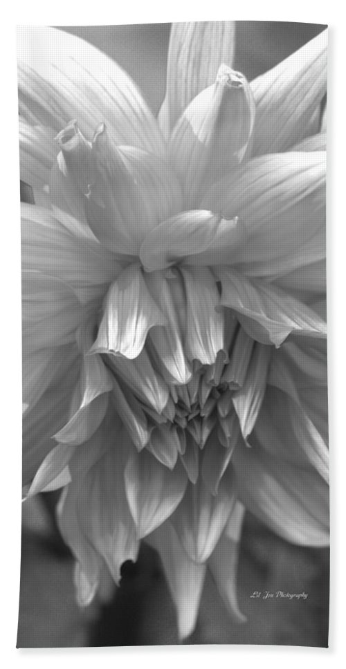Dahlia In Black And White Hand Towel featuring the photograph Tender Moment by Jeanette C Landstrom