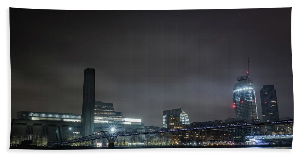 London Hand Towel featuring the photograph The Long Bouncing Bridge by Andy Denial