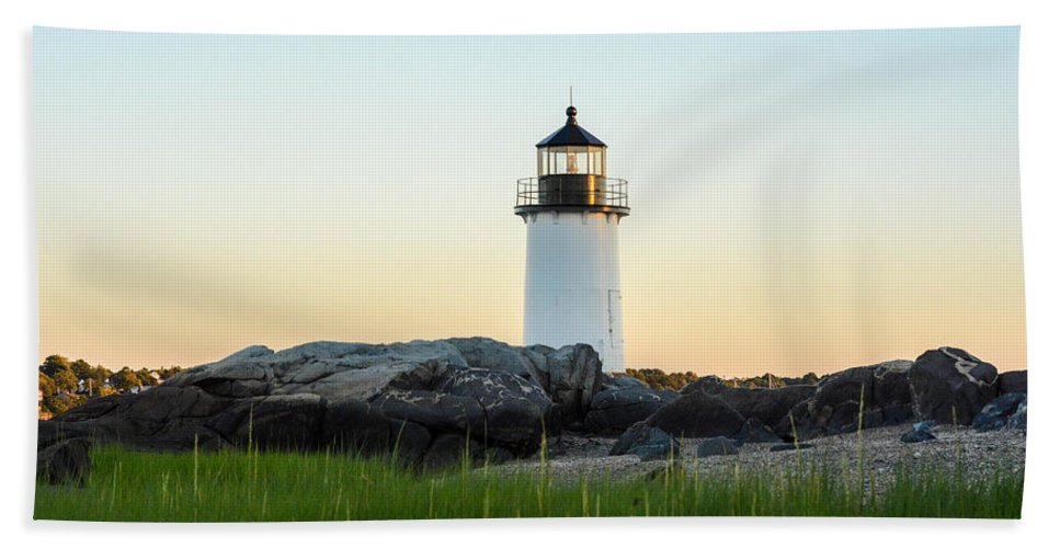 Winter Island Bath Sheet featuring the photograph Winter Island Lighthouse, Salem Ma by Nicole Freedman