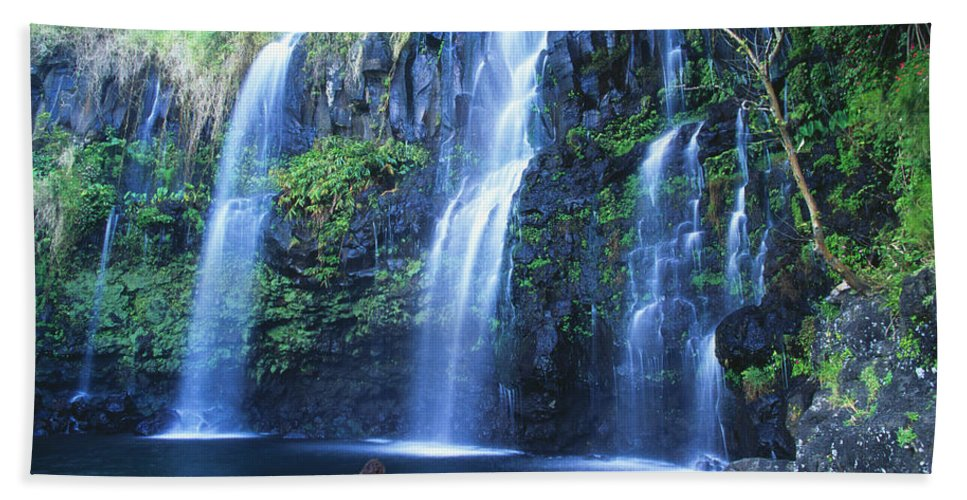 Base Bath Towel featuring the photograph Woman At Waterfall by Dave Fleetham - Printscapes
