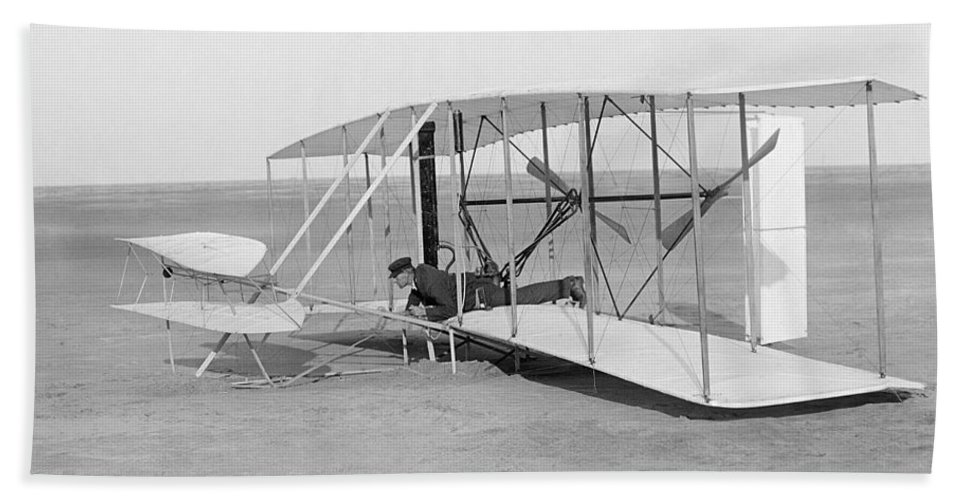 1903 Bath Sheet featuring the photograph Wright Brothers Glider by Granger