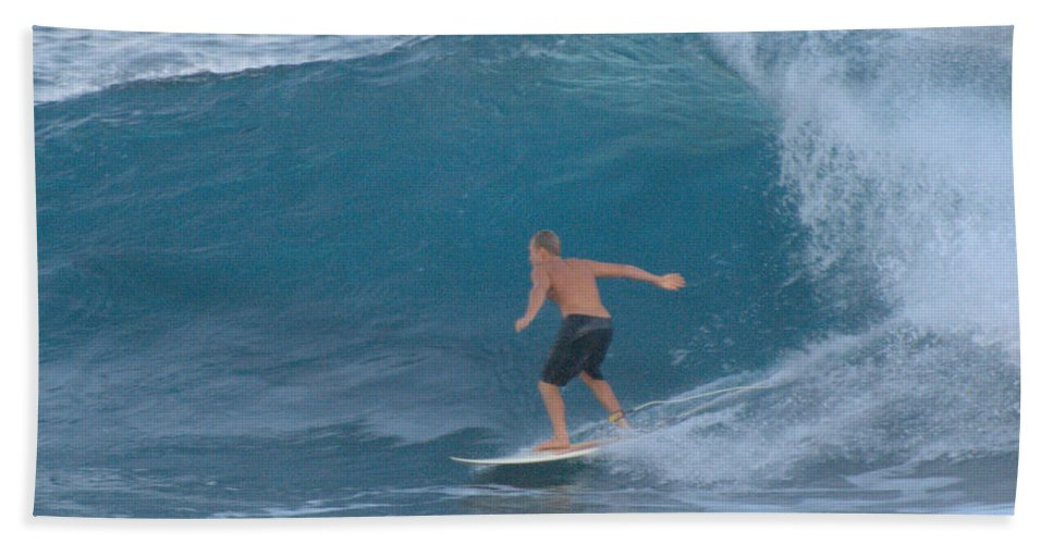 Surfer Bath Sheet featuring the photograph 10 Footer by Thomas Sexton