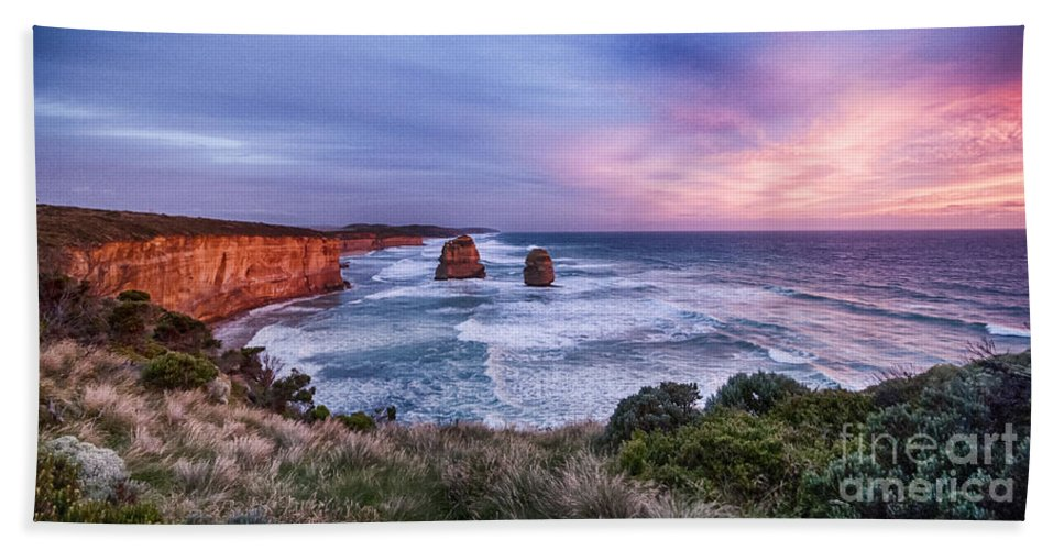 Australia Hand Towel featuring the photograph 12 Apostles At Sunset II by Ray Warren