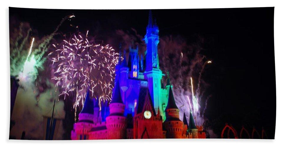 Walt Disney World Bath Sheet featuring the photograph Cinderella Castle by Rob Hans