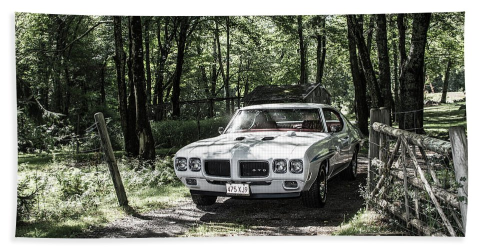 Gto Bath Towel featuring the photograph Classic Cars by Mickie Bettez