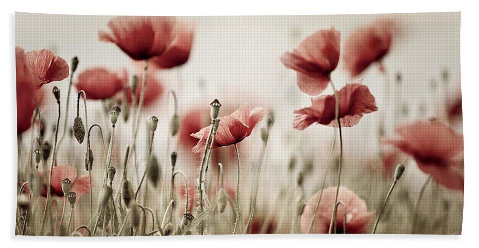 Poppy Bath Towel featuring the photograph Poppy Dream by Nailia Schwarz