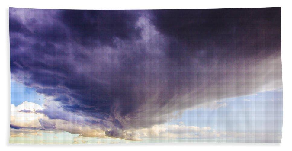 Nebraskasc Hand Towel featuring the photograph Afternoon Nebraska Thunderstorm by NebraskaSC