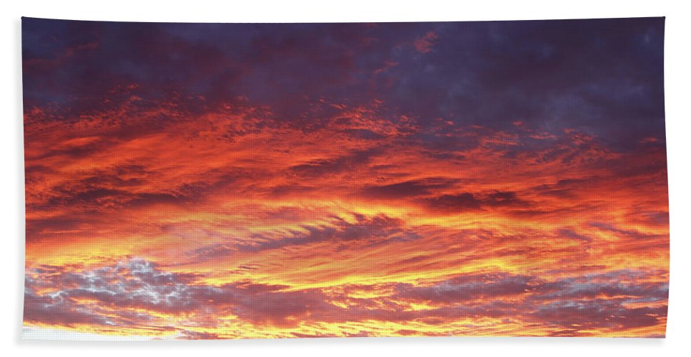 Beautiful Bath Sheet featuring the photograph Summer Sky by Les Cunliffe