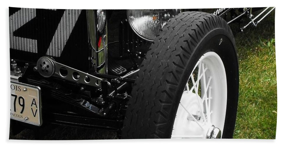 Ford Hand Towel featuring the photograph 1920-1930 Ford Racer by Neil Zimmerman