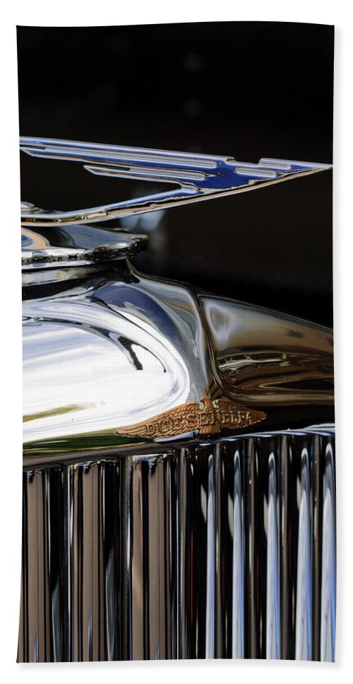 1929 Duesenberg Model J Clear Vision Sedan Hand Towel featuring the photograph 1929 Duesenberg Model J Hood Ornament by Jill Reger