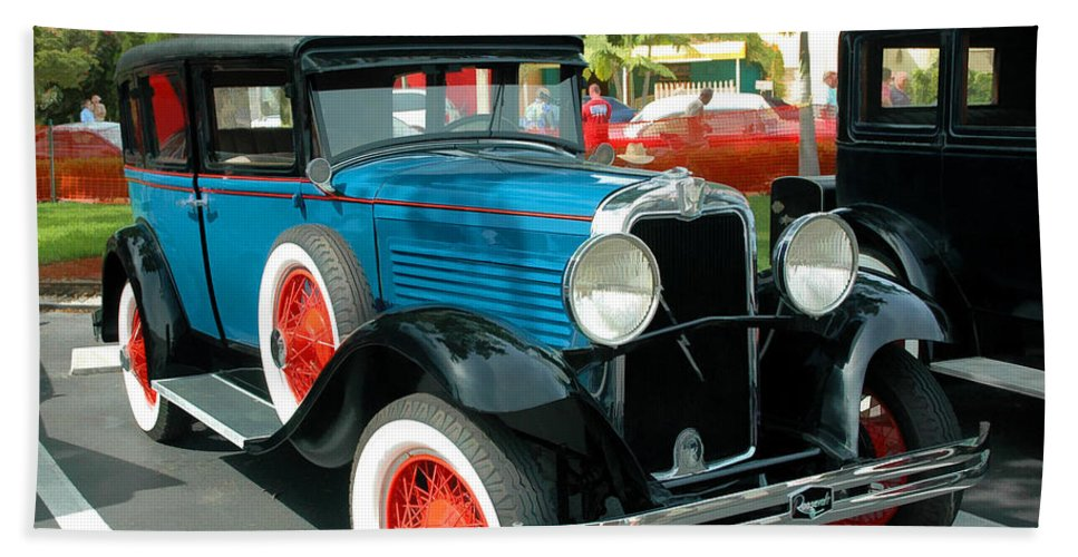 Antique Hand Towel featuring the photograph 1929 Marmon Roosevelt 8 Sedan by Ginger Wakem