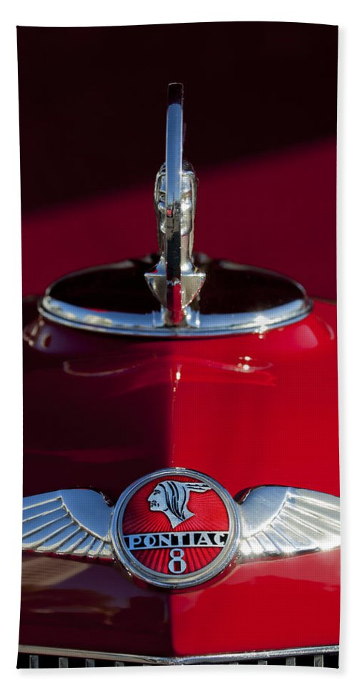 1933 Pontiac Bath Sheet featuring the photograph 1933 Pontiac Hood Ornament 2 by Jill Reger