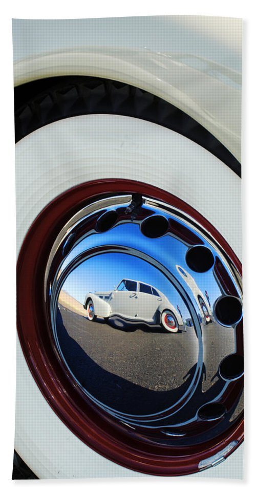1940 Cadillac 60 Special Sedan Hand Towel featuring the photograph 1936 Cord Phaeton Rim by Jill Reger