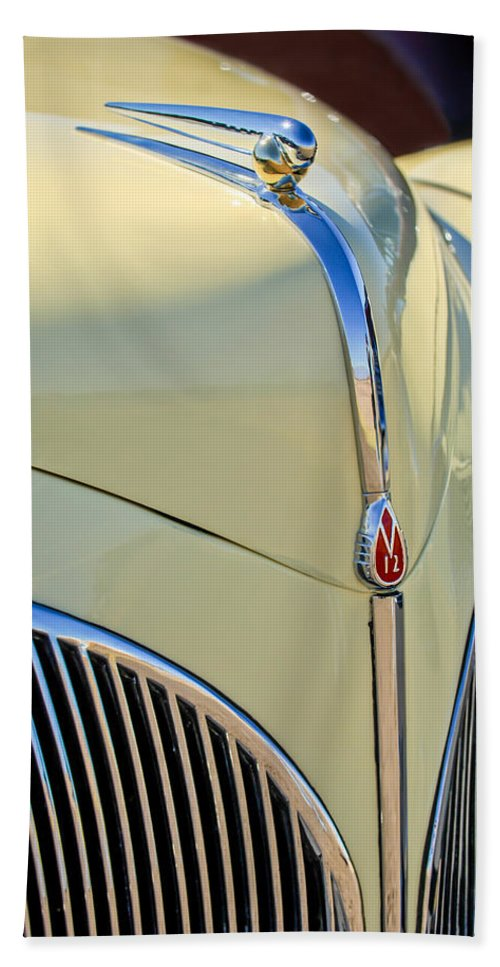 1941 Lincoln Continental Cabriolet V12 Bath Sheet featuring the photograph 1941 Lincoln Continental Cabriolet V12 Grille by Jill Reger