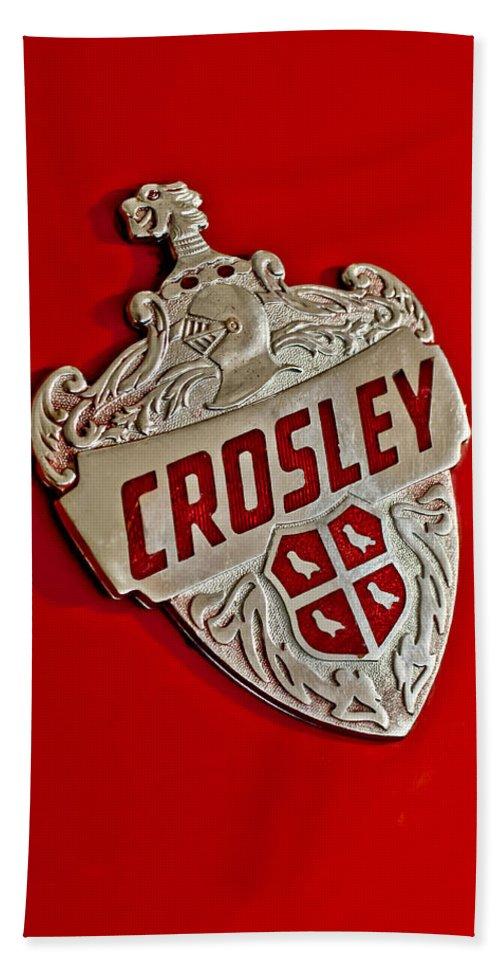 1951 Crosley Super Sport Hot Shot Convertible Hand Towel featuring the photograph 1951 Crosley Hood Emblem by Jill Reger