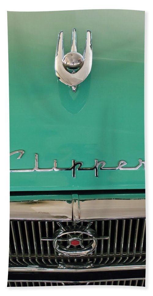 1955 Packard Clipper Custom Sedan Hand Towel featuring the photograph 1955 Packard Clipper Hood Ornament by Jill Reger