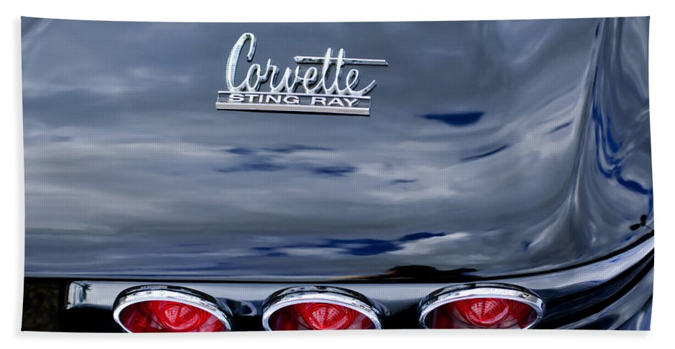 1967 Chevrolet Corvette Bath Sheet featuring the photograph 1967 Chevrolet Corvette Taillight 3 by Jill Reger