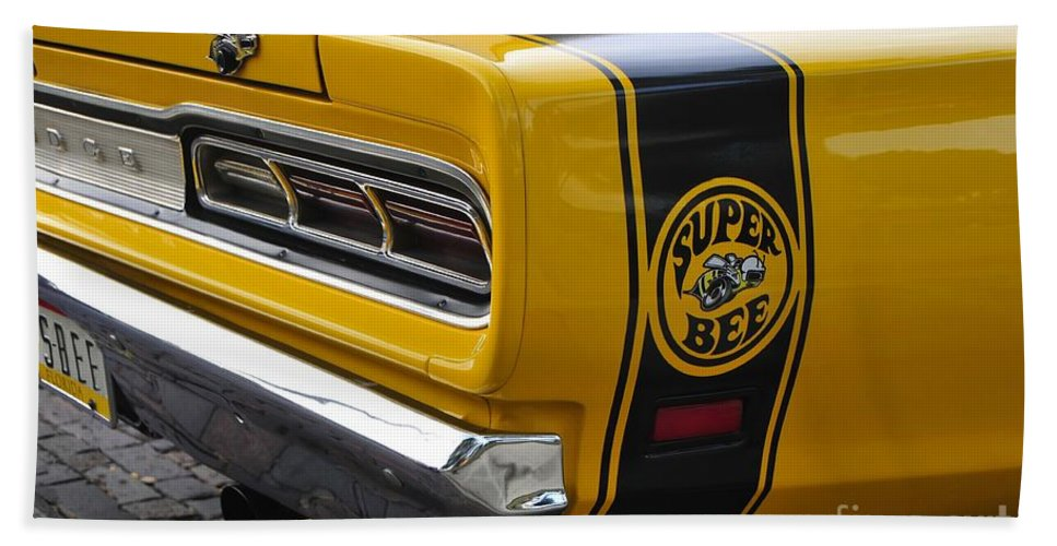Dodge Charger Super Bee Bath Sheet featuring the photograph 1969 Super Bee by David Lee Thompson