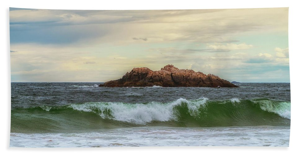 Waves Bath Sheet featuring the photograph Atlantic Waves by Lilia D