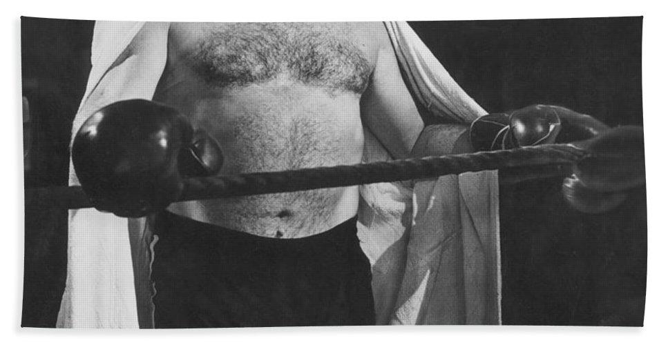 1944 Bath Sheet featuring the photograph Ernest Hemingway by Granger