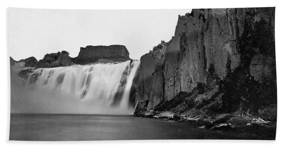 1868 Bath Sheet featuring the photograph Idaho: Shoshone Falls by Granger