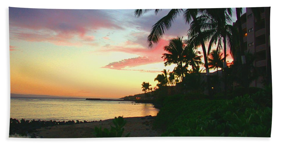 Sunset Bath Sheet featuring the photograph Island Sunset by Angie Hamlin
