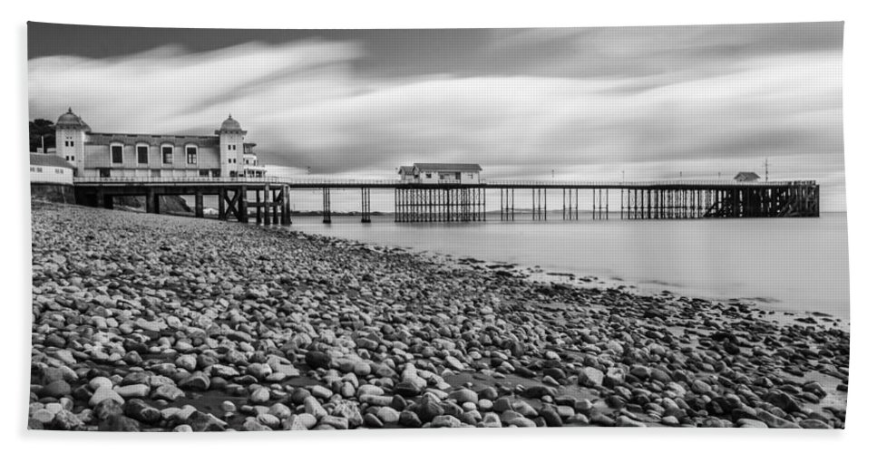 Penarth Pier Hand Towel featuring the photograph Penarth Pier 5 by Steve Purnell