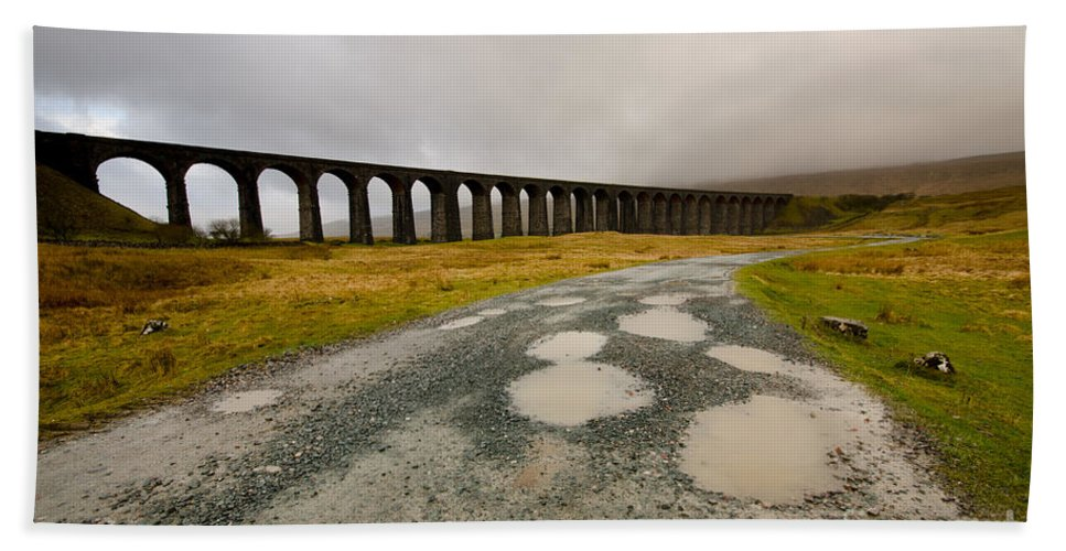 Ribblehead Viaduct Hand Towel featuring the photograph Ribblehead Viaduct by Smart Aviation