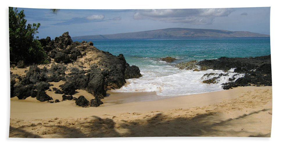 Tropical Hand Towel featuring the photograph Secret Cove by Angie Hamlin
