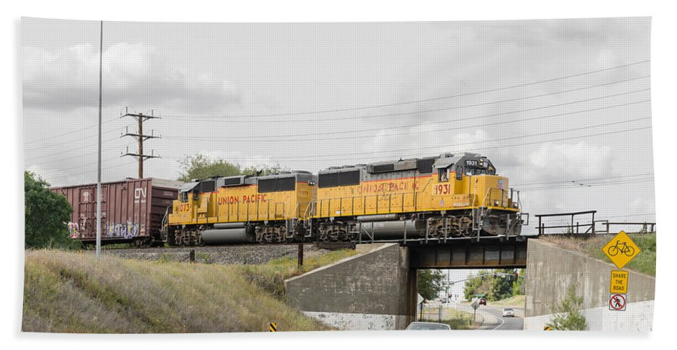 California Bath Sheet featuring the photograph Up9912 by Jim Thompson