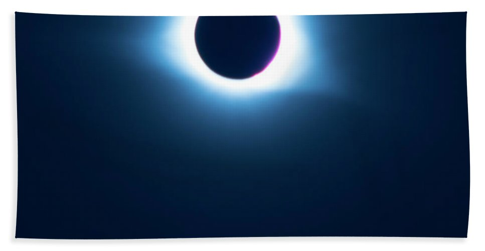 Pat Bath Towel featuring the photograph 2017 Full Eclipse by Pat Turner