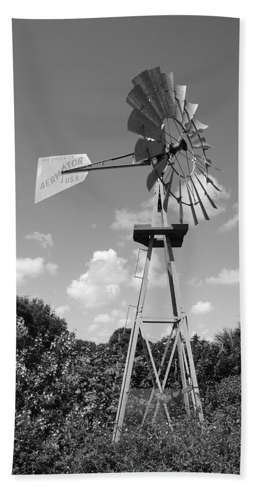 Black And White Bath Sheet featuring the photograph Aermotor Windmill by Rob Hans