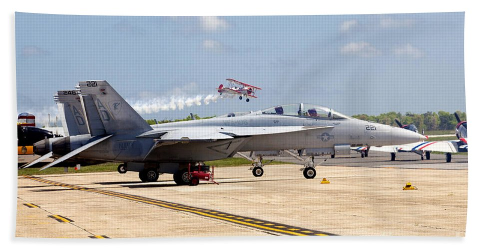 Sky Hand Towel featuring the photograph Airshow by Anthony Totah
