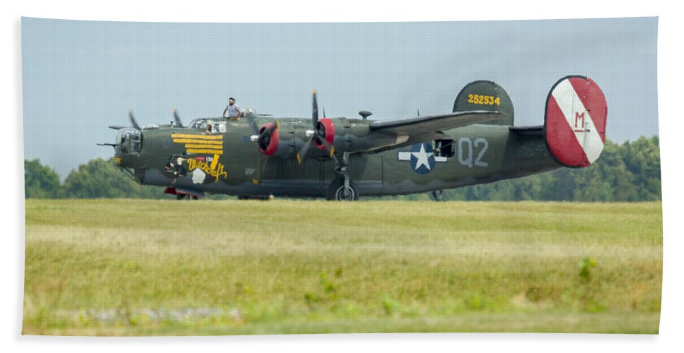 Aircraft Hand Towel featuring the photograph Consolidated B-24j Liberator by Jack R Perry
