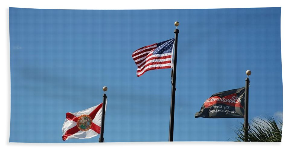 American Flag Hand Towel featuring the photograph 3 Flags by Rob Hans