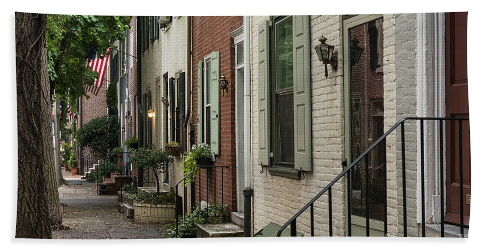 America Bath Sheet featuring the photograph Old City Philadelphia by John Greim