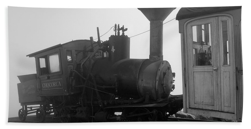 Train Hand Towel featuring the photograph Train by Sebastian Musial